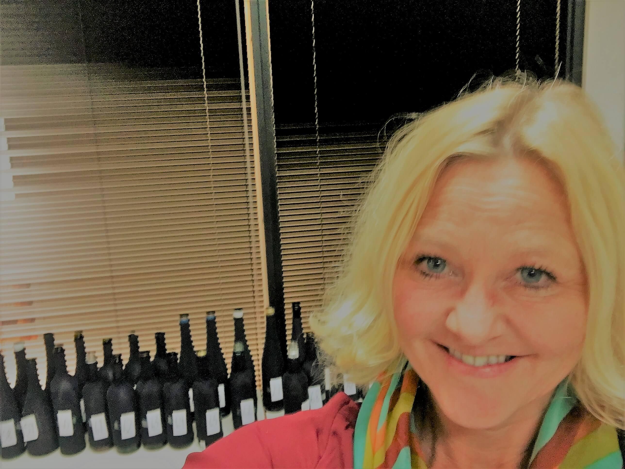 anne fredrikstad - vinjournalist