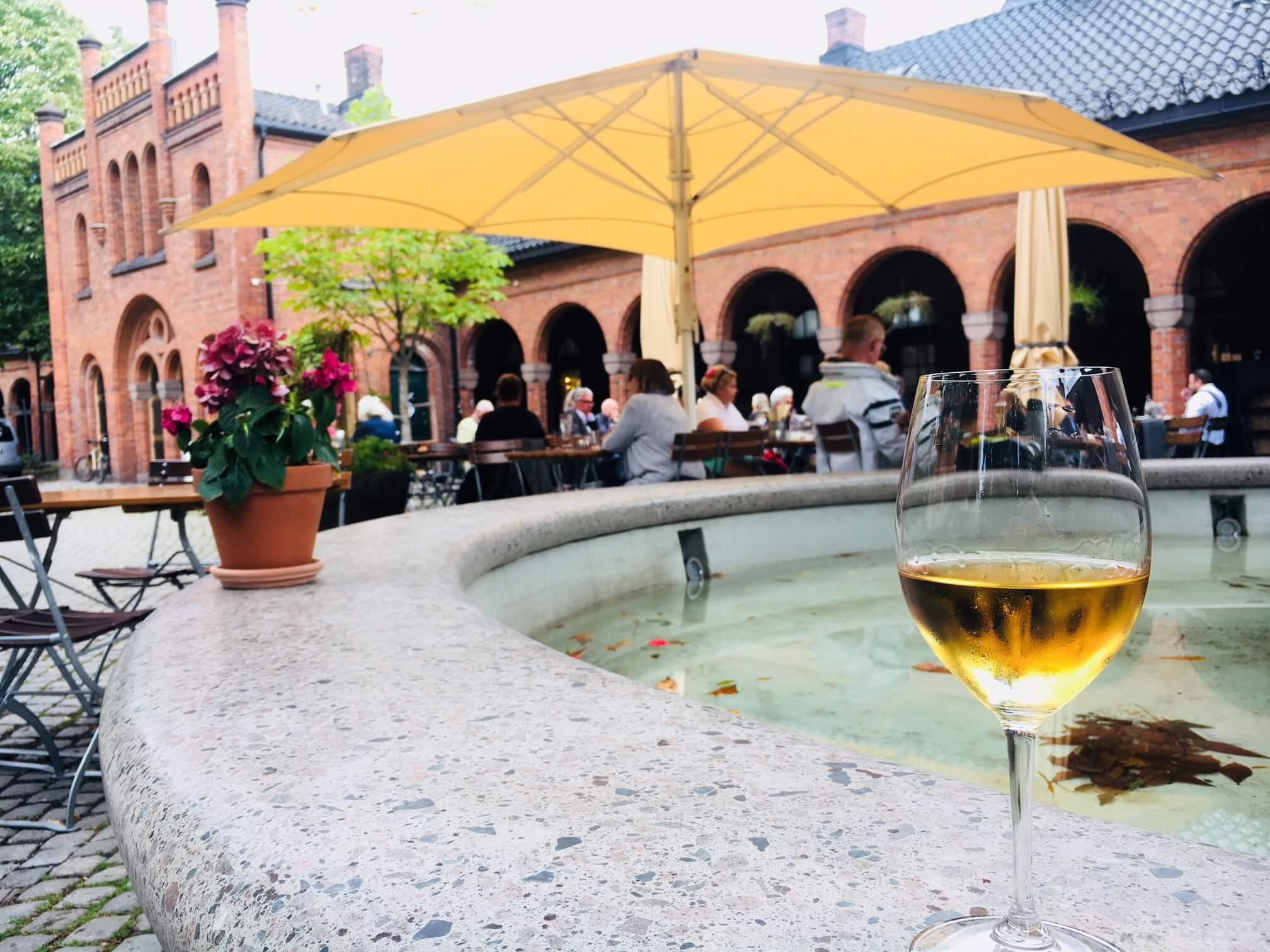 En perle av en vin og en italiensk mat- og vinbar