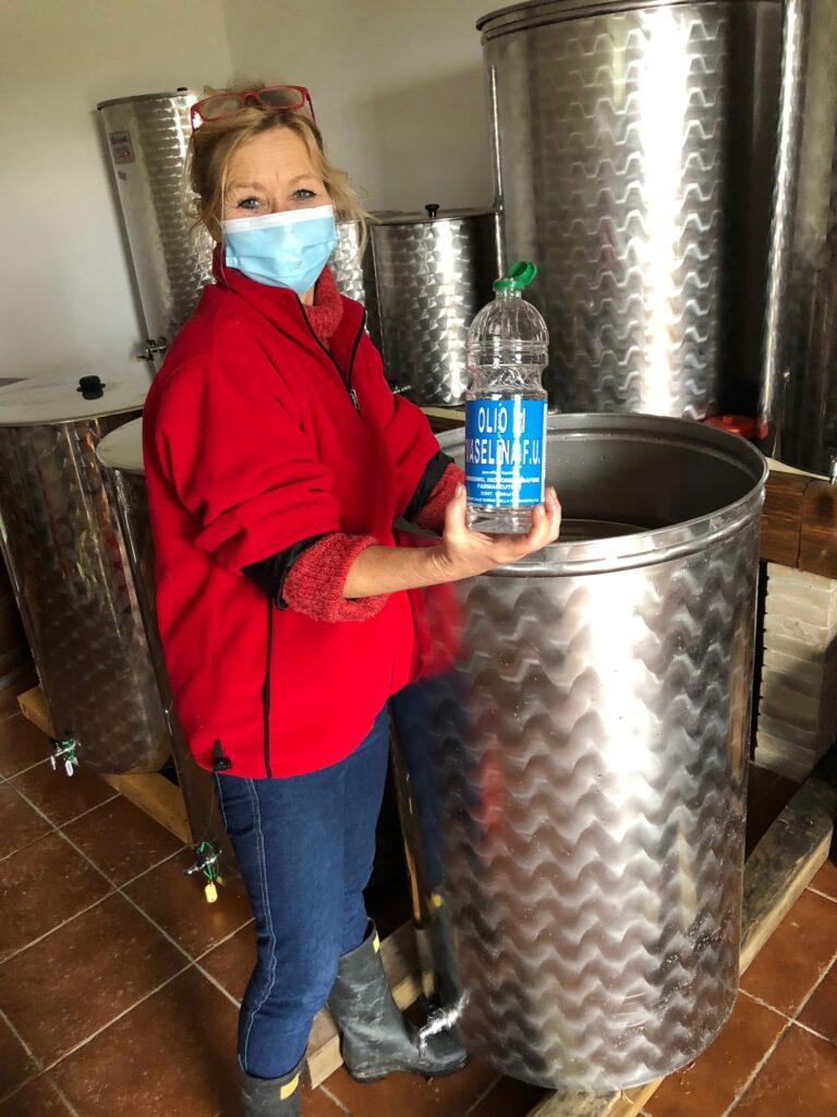 Årets siste vingårdsarbeid, i en tid da ingenting lenger er en selvfølge. Men for en inspirasjon det gir. Og en ny oppdagelse.