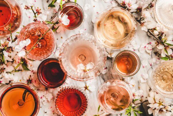 Sommer, sol og varme. Det er høysesong for rosévin. Her er 9 deilige italienske roséviner du bør prøve.